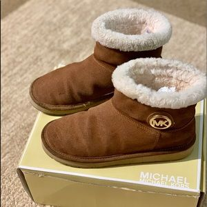 Michael Kors winter Mid Boots
